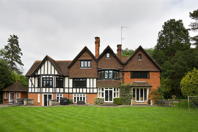 Beautiful Home Harpenden 18
